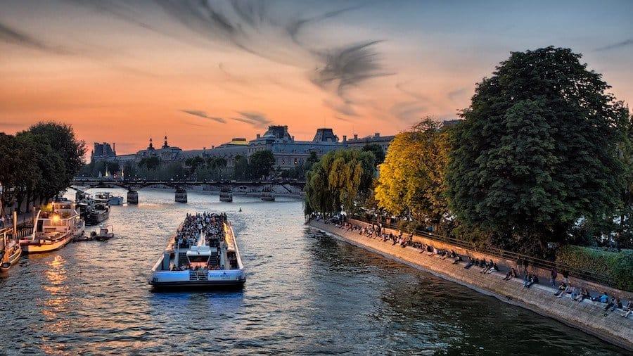 Paris: Bootsfahrt auf der Seine