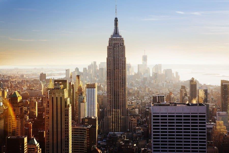 New York: Blick von Top of the Rock auf das Empire State Building