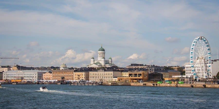 Helsinki vom Wasser